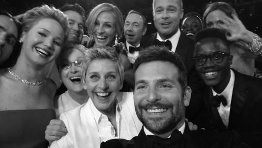 Ellen Oscar selfie